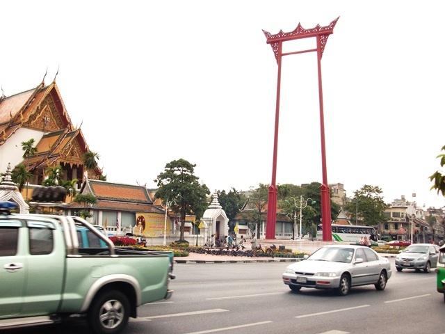 бангкок храм гигантские качели