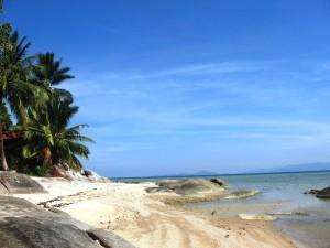 Пляж Хин Лор остров Панган