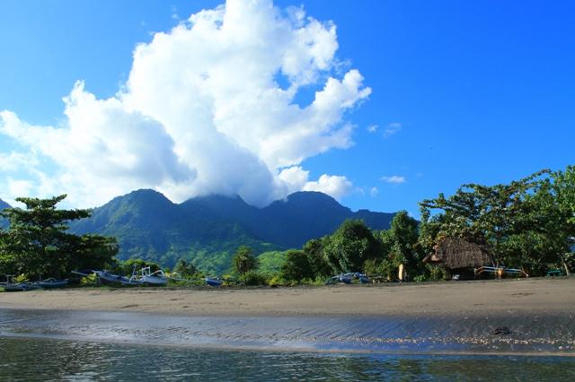 Бали пляж Пемутеран