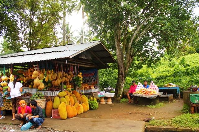 Бали рынок в Чандикунинг