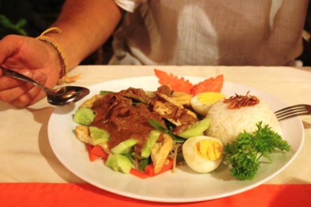 Бали еда в Индонезии Гадо Гадо