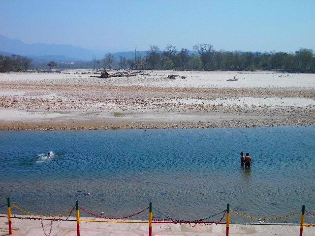 купаться в Ганге