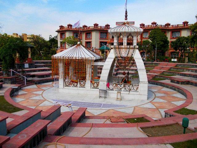 храм-Шивы-шантикундж