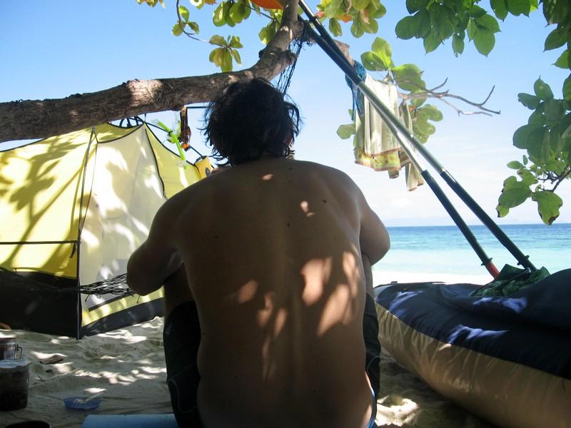 необитаемые острова таиланда с палаткой
