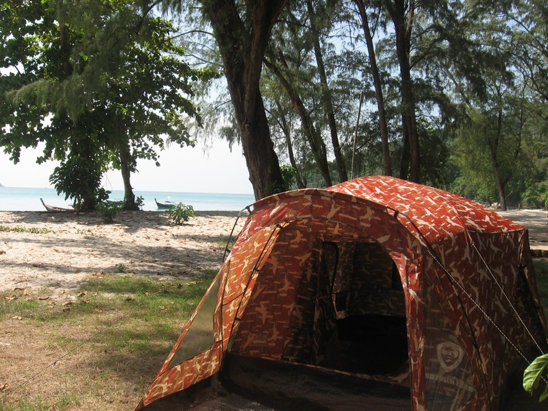 с палаткой в таиланде
