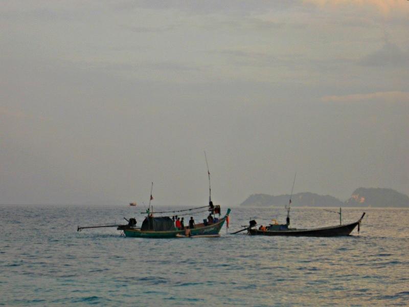 по не обитаемым островам Таиланда