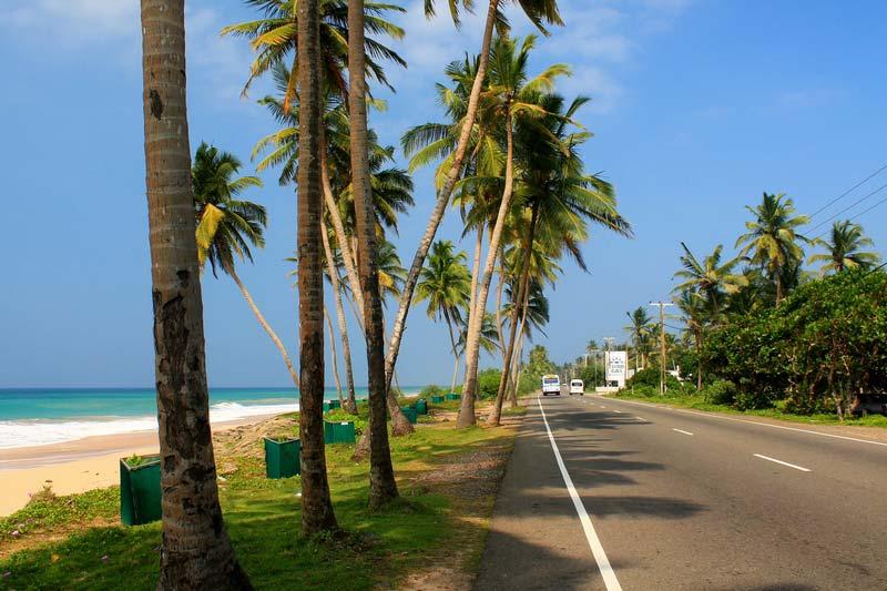 шри ланка дорога вдоль моря 16