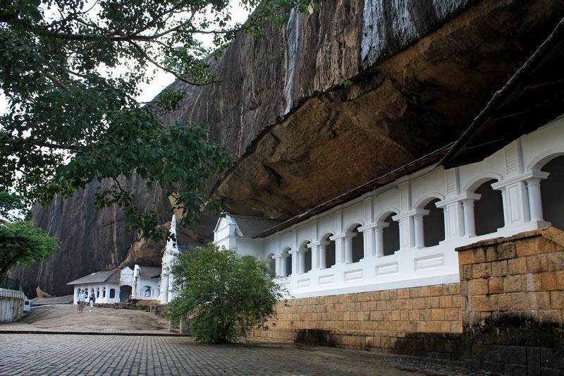 шри ланка пещерный храм дамбулы фото