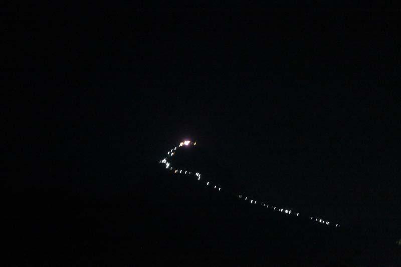 пик адама ночью