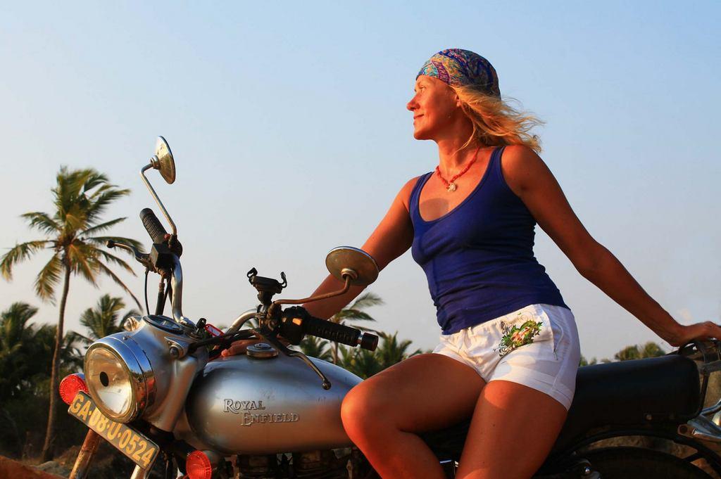 гоа-мотоцикл-эндфилд-1