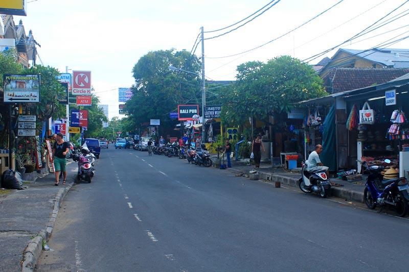 улица-Danau-Tamblingan