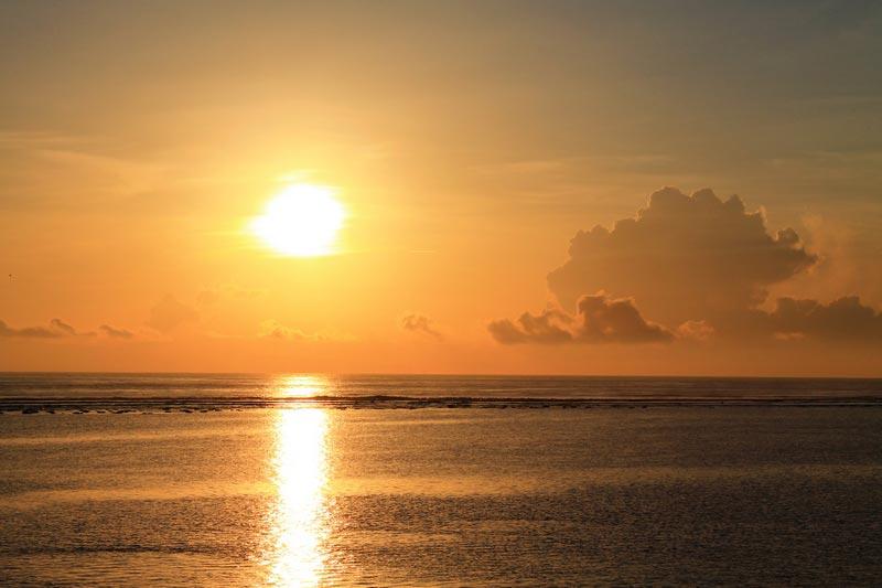 11б-бали-рассвет-пляж-санур