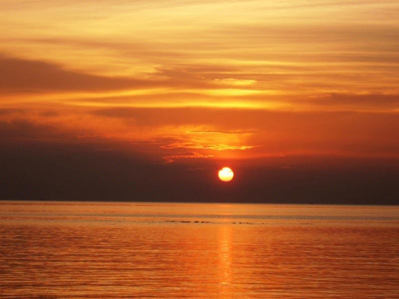 2б-фото закат в море