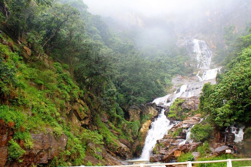 3-водопад-шри-ланка рована