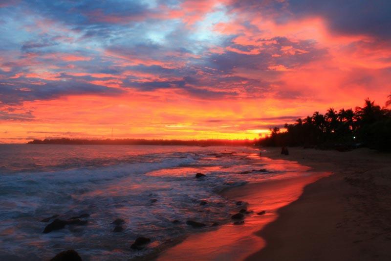 6 шри ланка фото закат в море