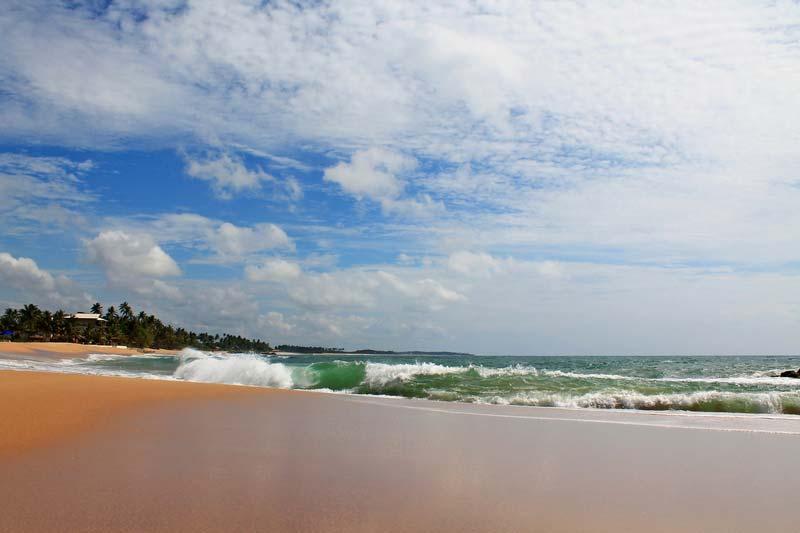 пляж-танголл