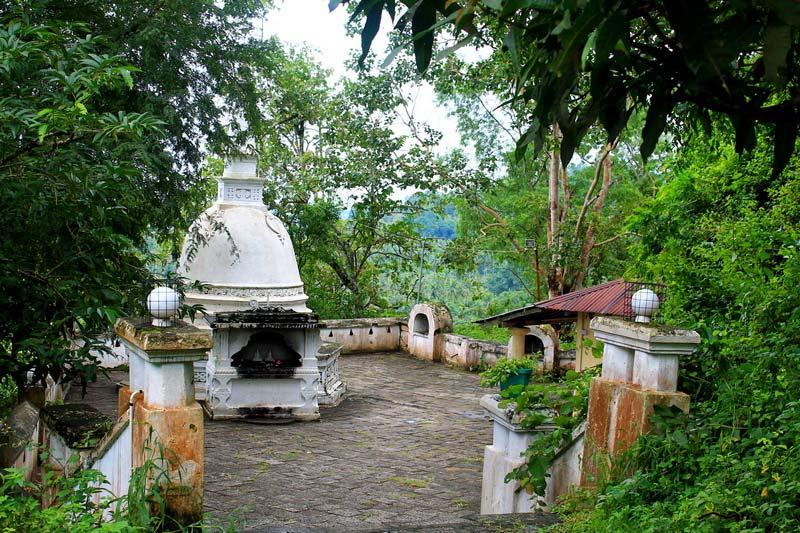 18-Пещерный-храм-Мулкиригала-фото