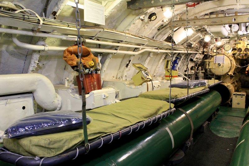 33-койки-в-подводной-лодке