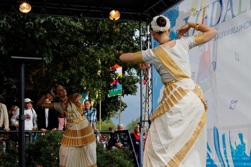 9-ведалайф-танцы