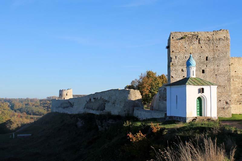 12 башня крепость изборск