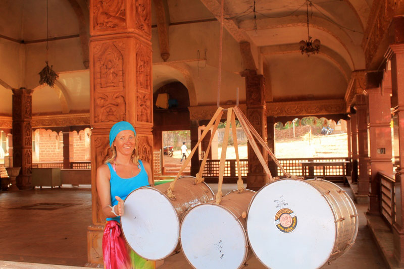 индуистские-барабаны