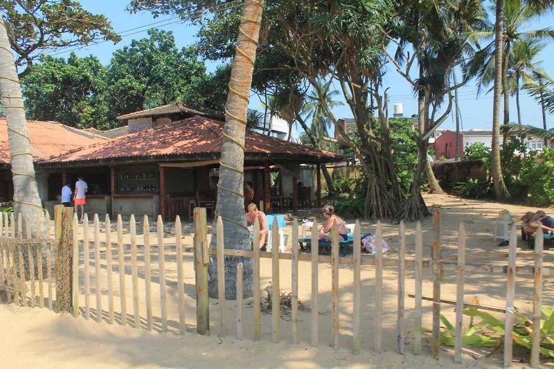 11-маунт-лавиния--пляж-отеля