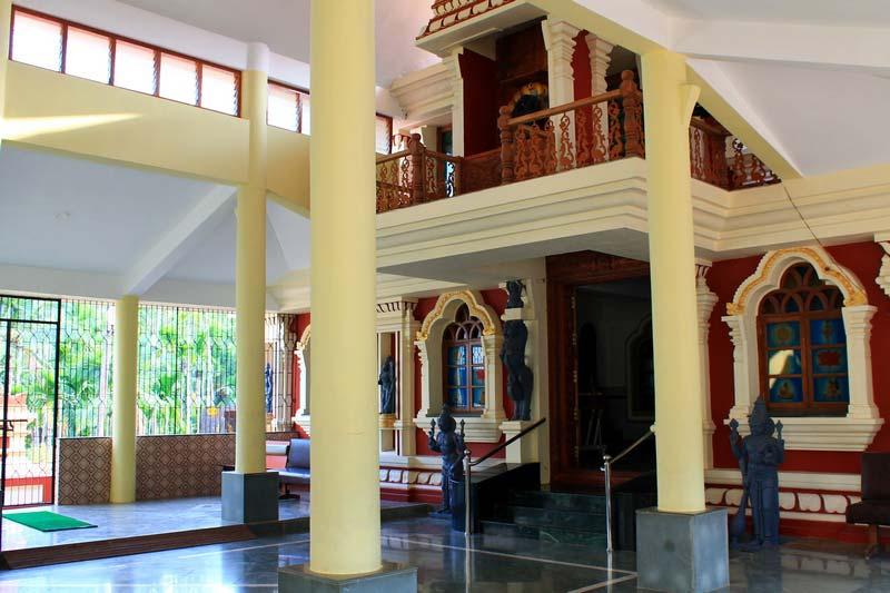 17-индуистский-храм-внутри-фото