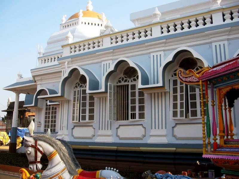 42-Храм-Шри-Шанта-Дургарасположен-