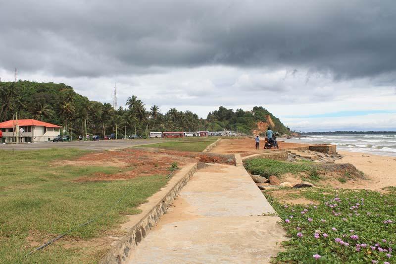 45-матара-пляж