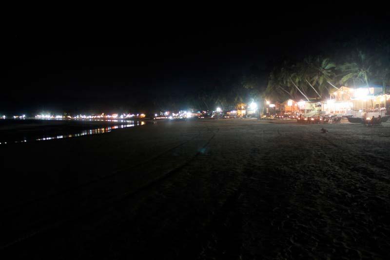 7-пляж-палолем-ночью