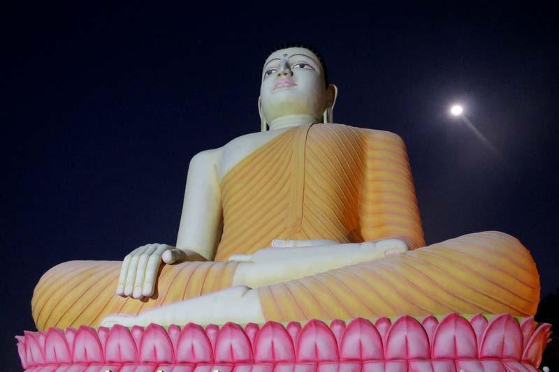 27-луна-и-будда