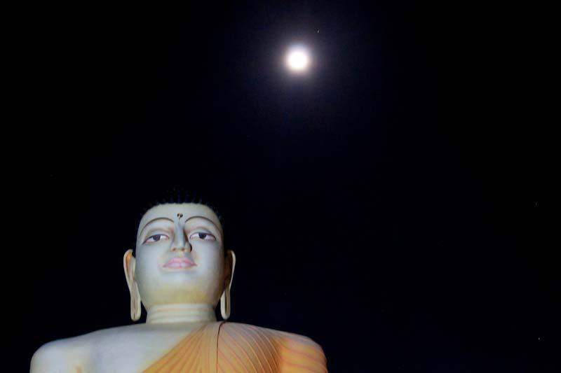 29-будда-и-луна