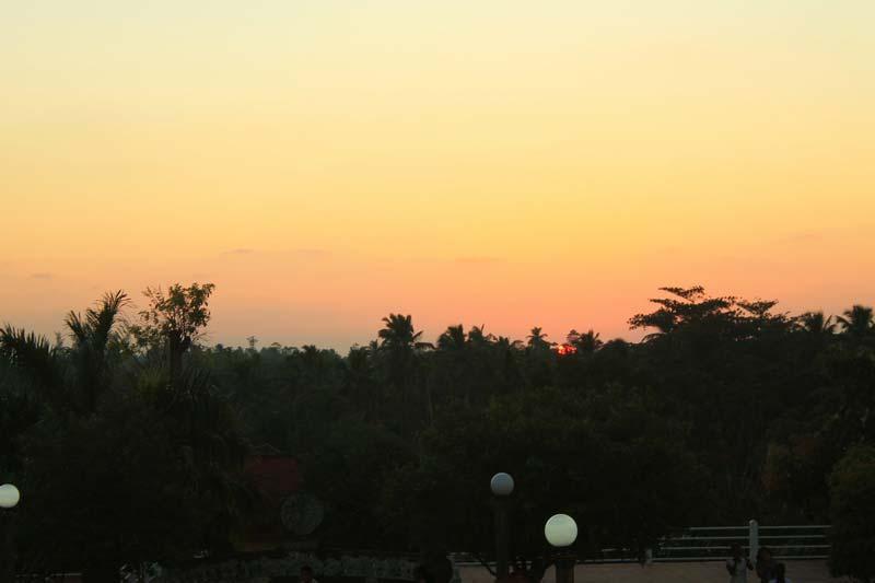 7-закат-над-джунглями