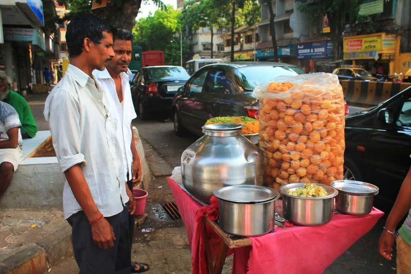 уличные-торговцы-в-мумбаи-фото