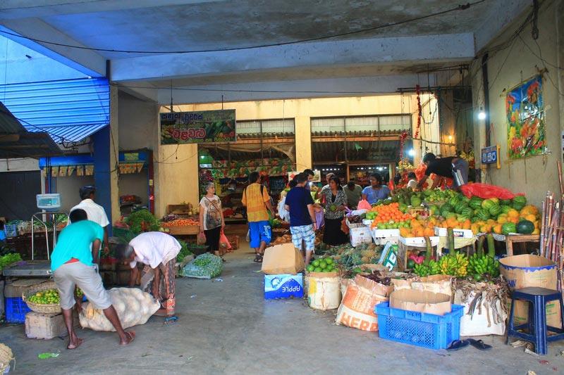 24-рынок-в-хиккадуве-фото