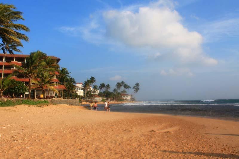 28-пляж-хикадува-фото