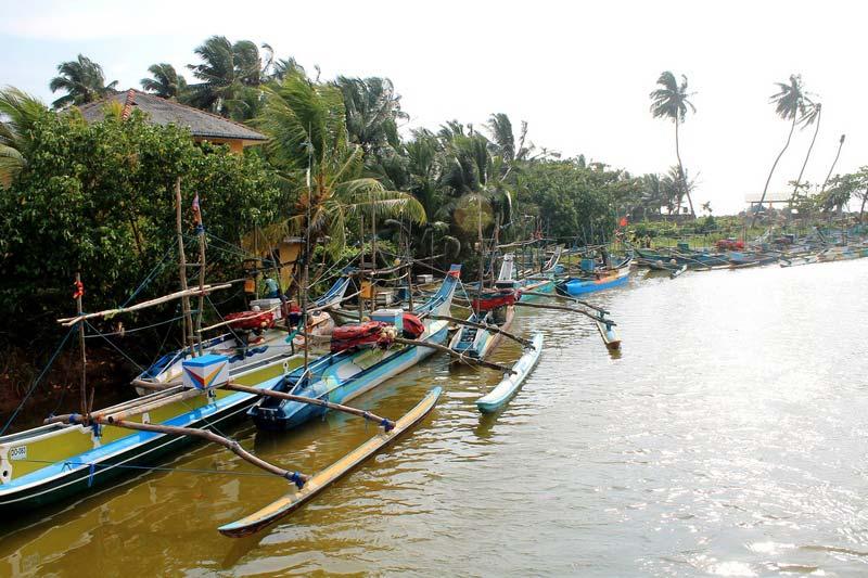 32-ланкийские-лодки-фото