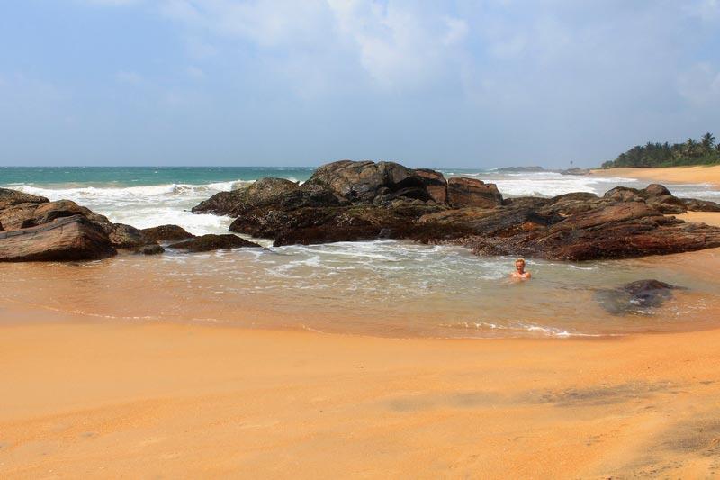 9-купаться-пляж-додандува