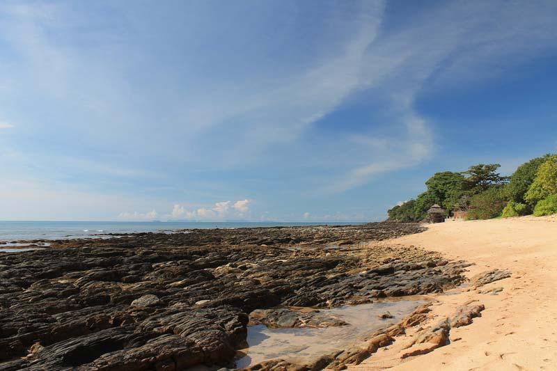 фото-пляжи-ко-ланта-камни