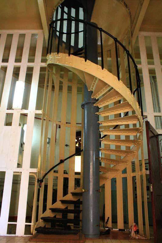15-лестница-на-маяке