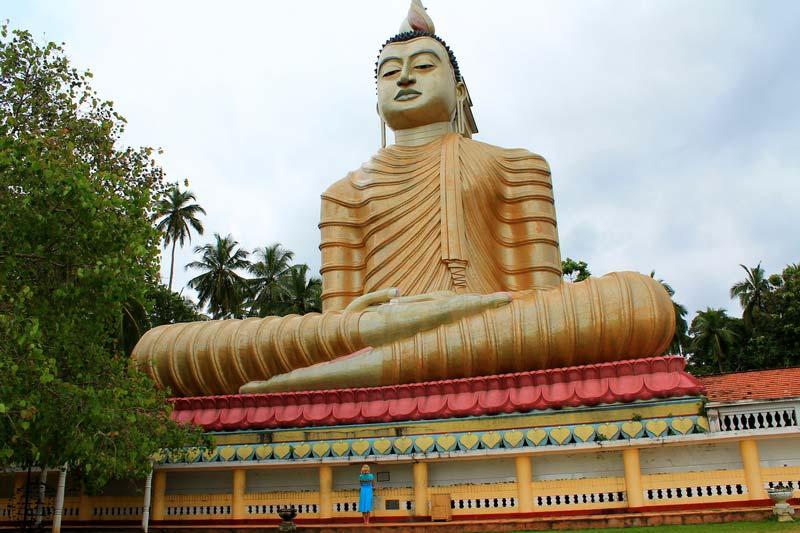 30-сидячий-будда-фото