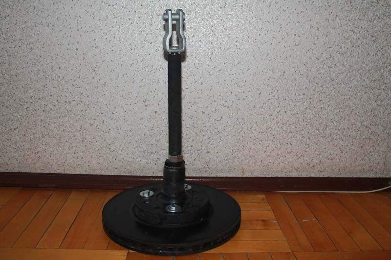 самодельный-якорь-присоска-из-тормозного-диска-фото