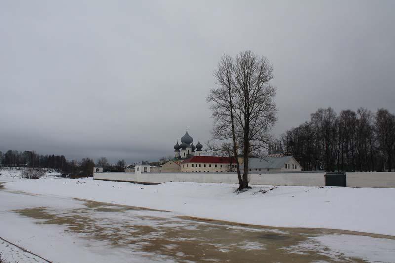 1 фото тихвин зимой монастырь