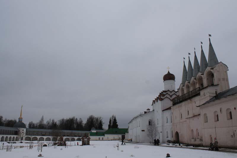 12 фото монастырь тих