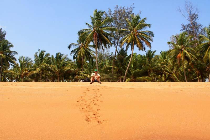 пляж-полем-гоа