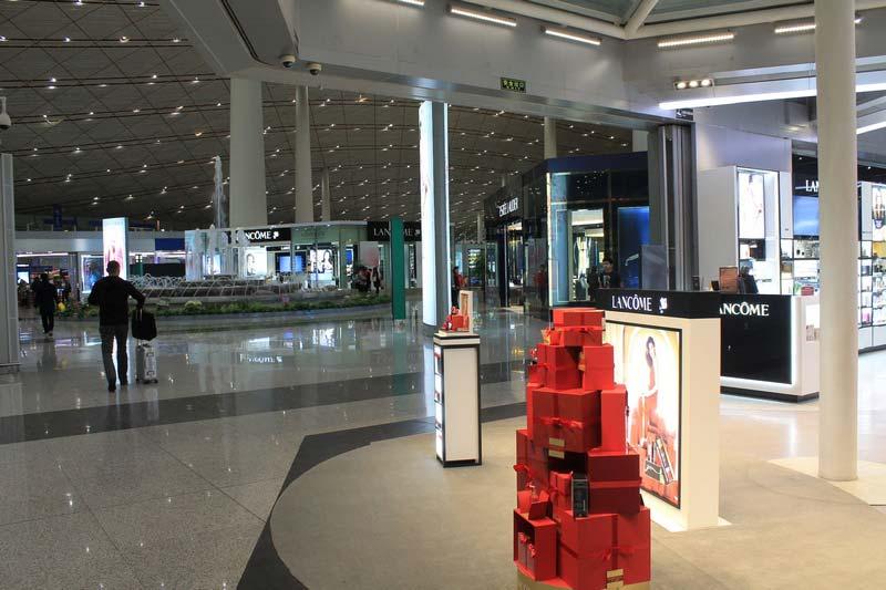 шоуду-косметика-аэропорт-пекина-фото
