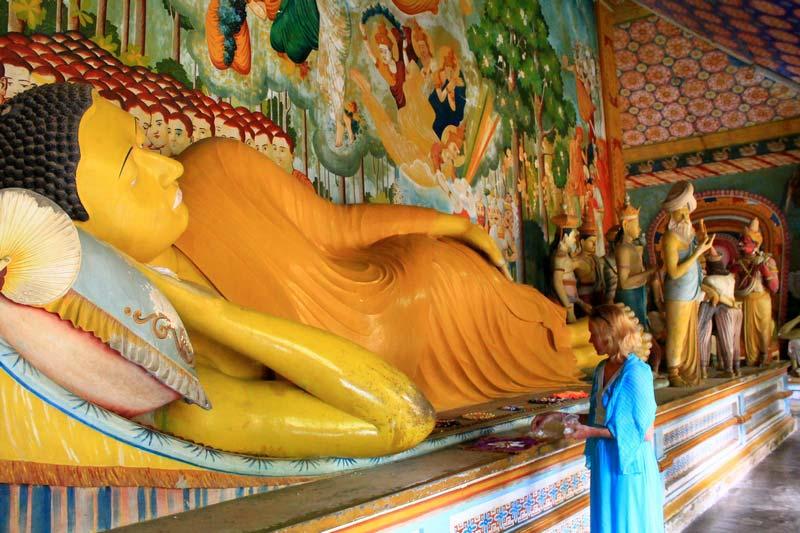 26а-Вевуруканнала-Вихарая-лежащий-будда