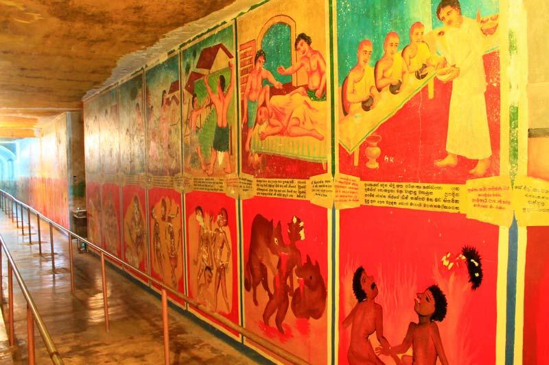 29-буддистский-храм-внутри