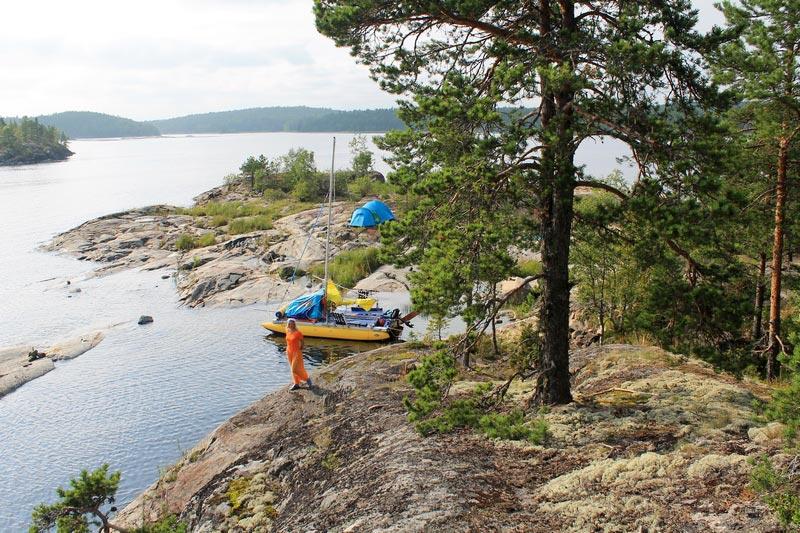 ст-4-ладожское-озеро-с-палаткой-фото