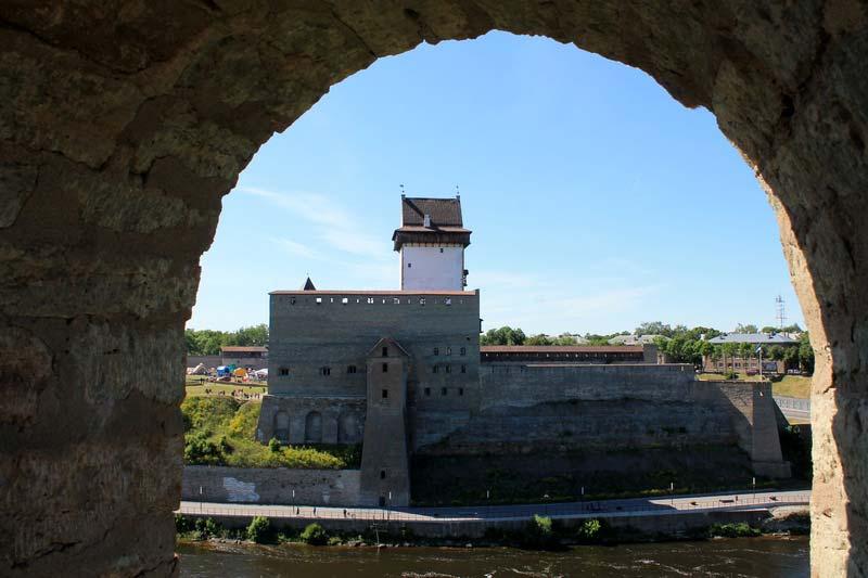 17-нарвский-замок-фото